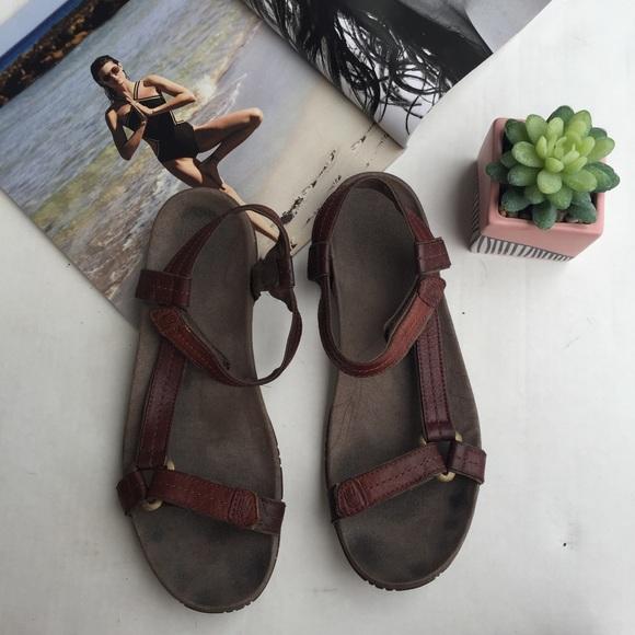 9e77c4984ff5 Teva Original Universal Crafted Leather Sandals. M 5b96fbc2819e906ea564478f